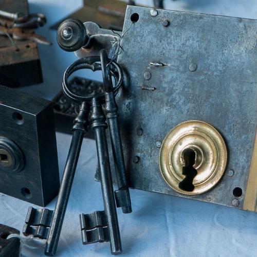 locksmithing lock and keys