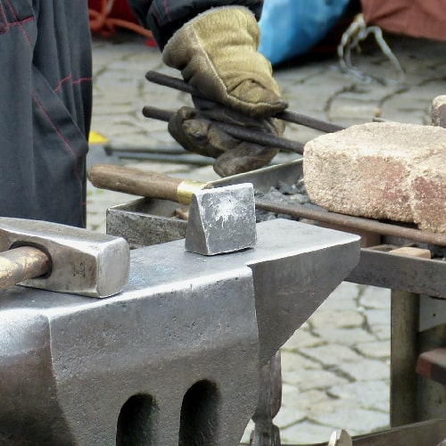 Blacksmithing gloves considerations
